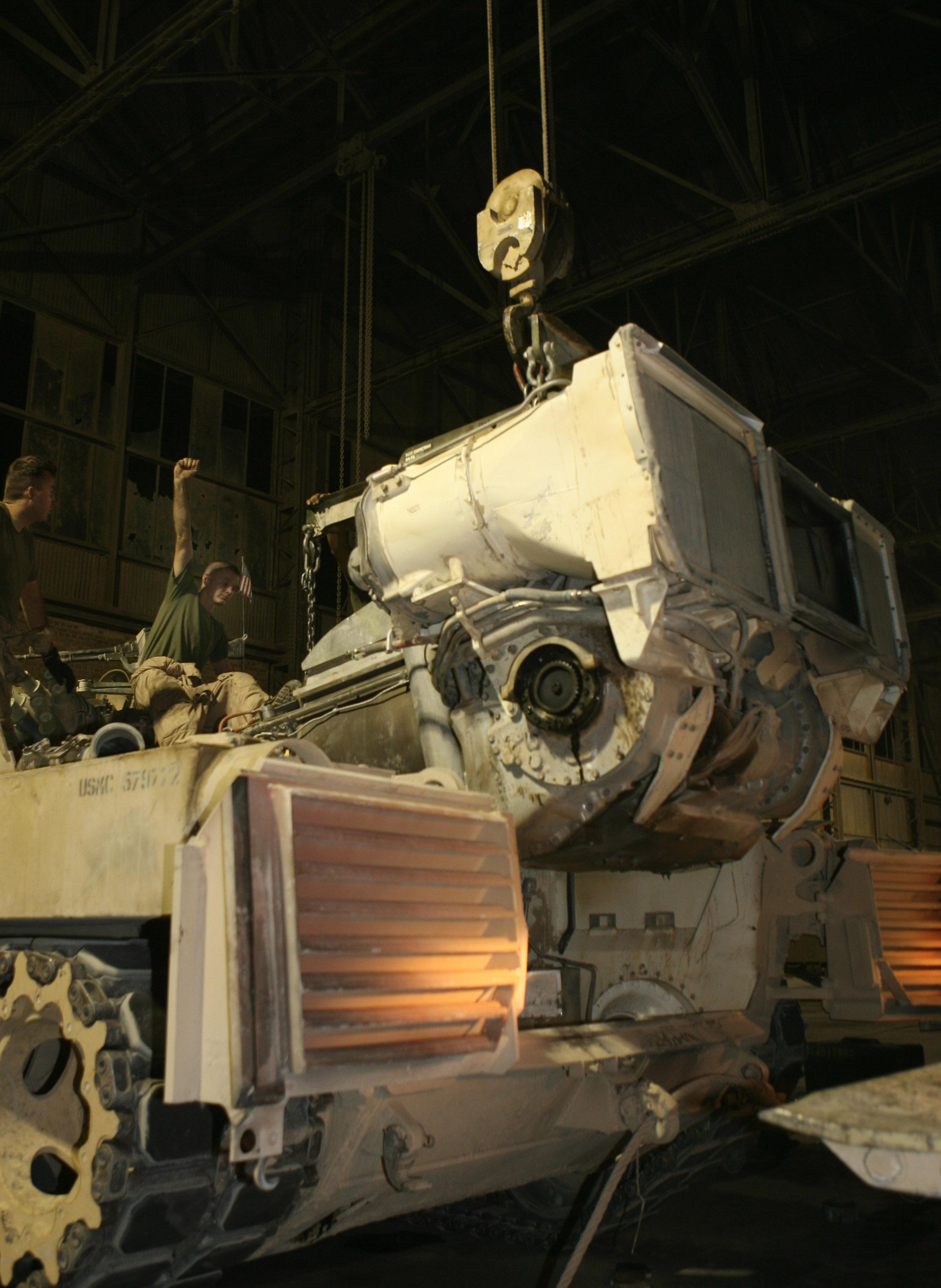 M1 Abrams Loader