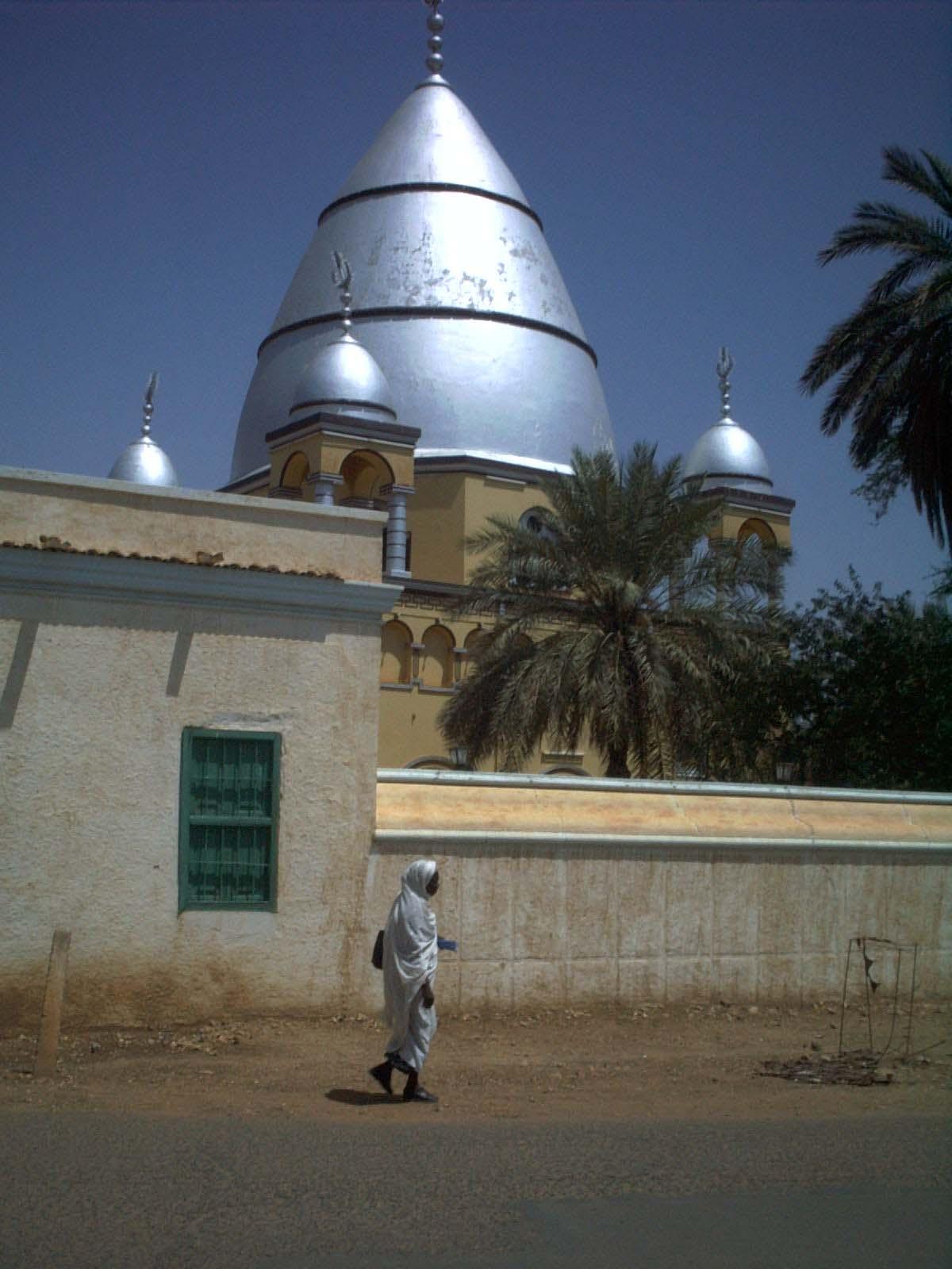 オムドゥルマンに位置するマフディーの墓所