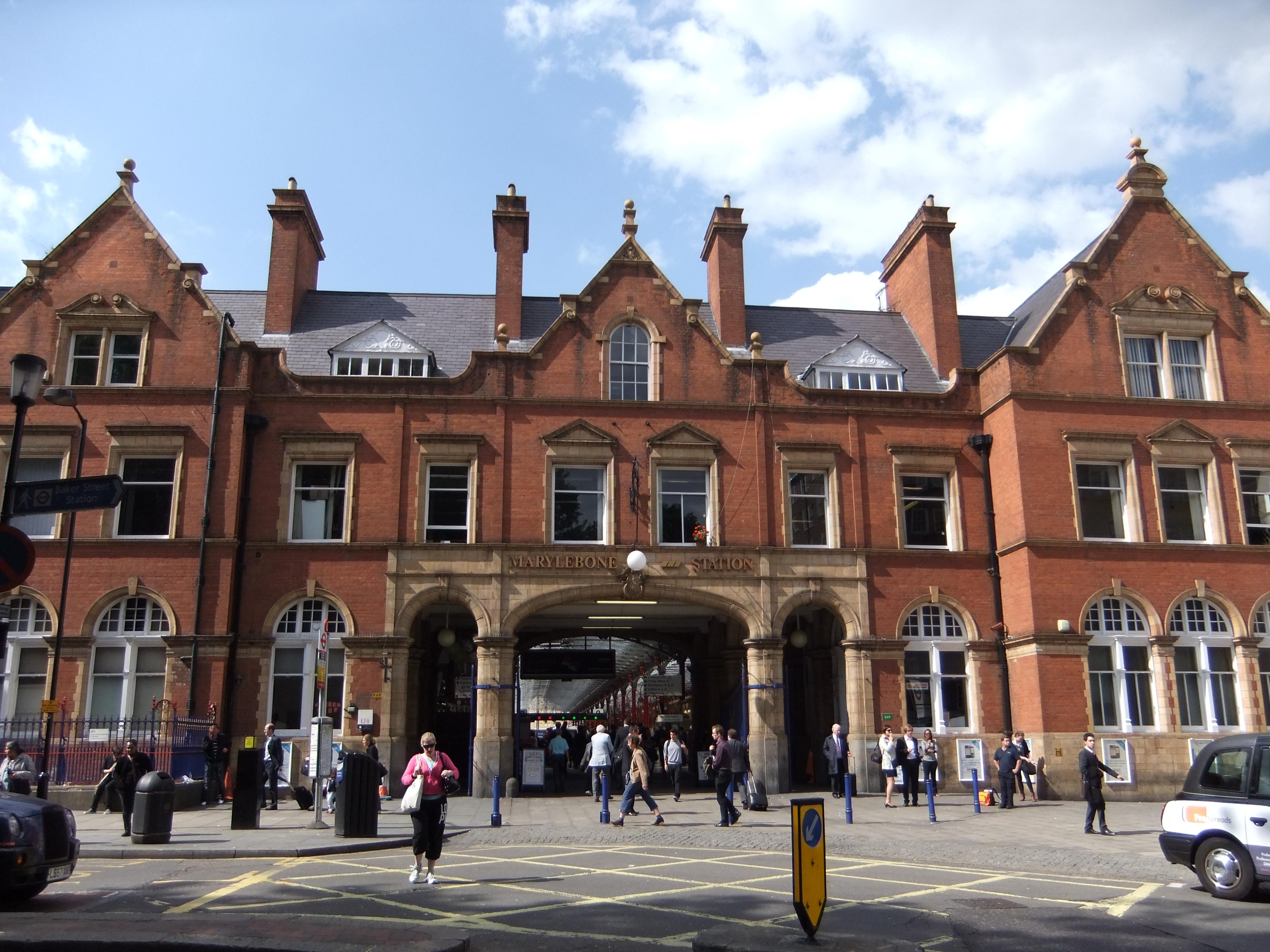 Marylebone station frontage - DSCF0473.JPG