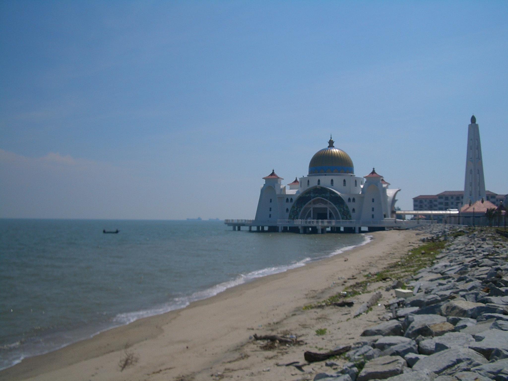 Homestay Masjid Selat Melaka File:masjid-selat-melaka-2259