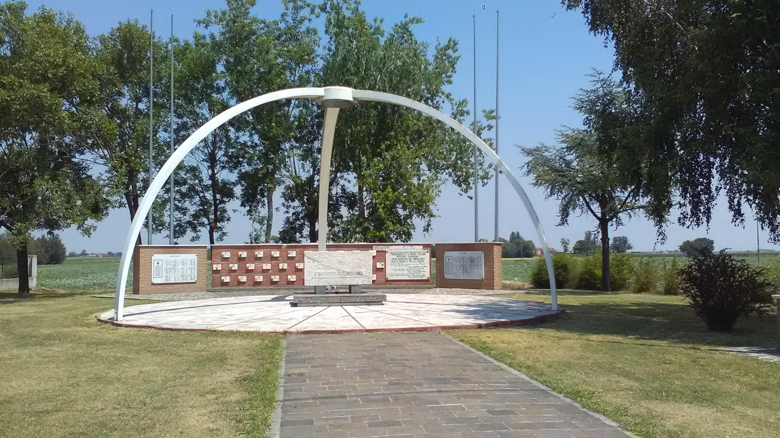 Monumento Operazione Herring Dragoncello 13