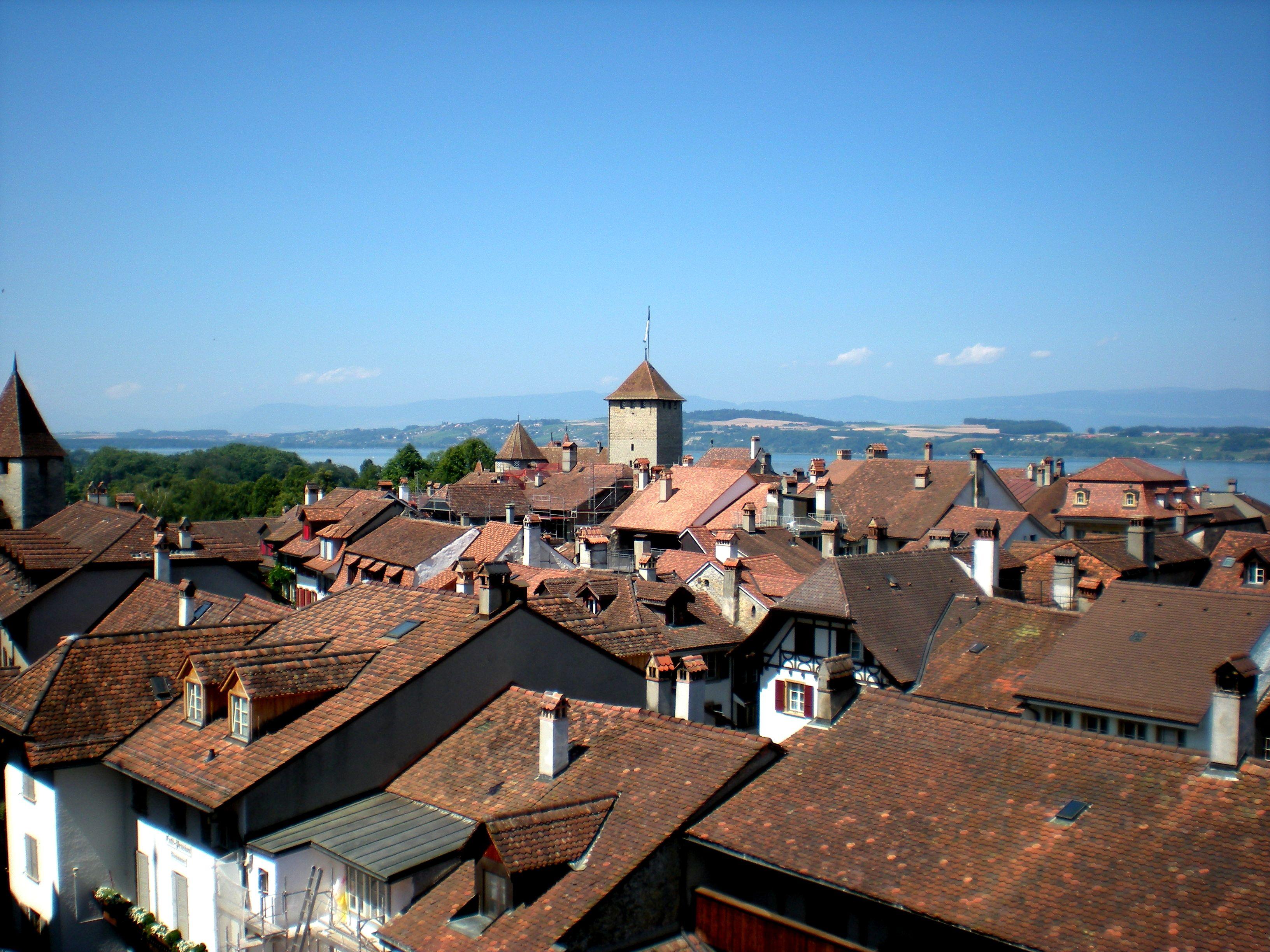 Murten Switzerland  city photos gallery : Murten Suiza . Tejados 2 Wikipedia, the free encyclopedia