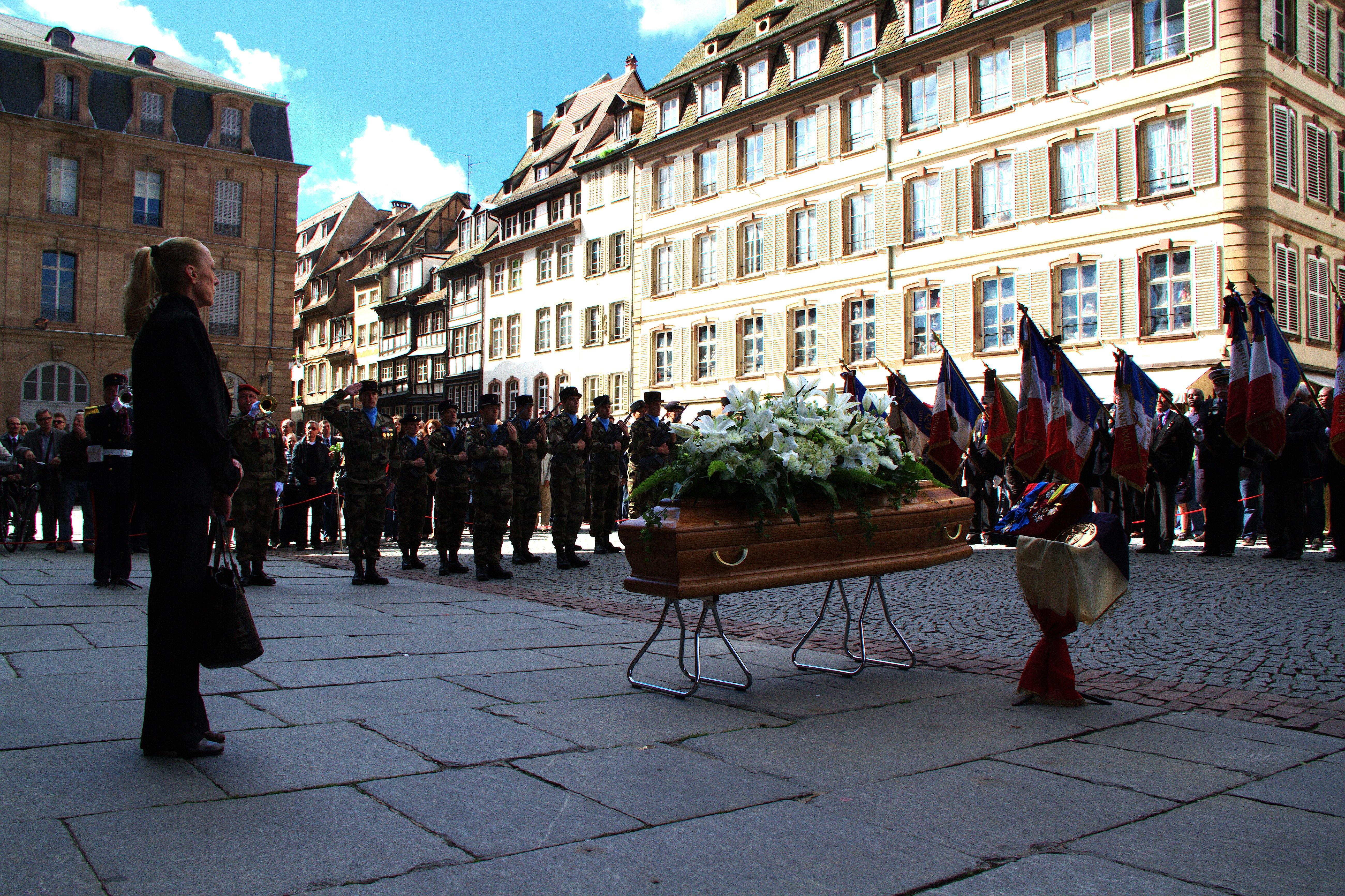 Description Obsèques d'André Bord cathédrale de Strasbourg 18 mai ...