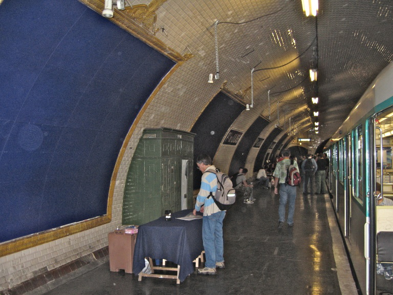 porte des lilas stanice metra v pař 237 ži wikipedie