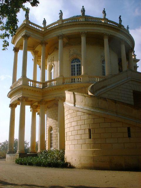 Belvedere auf dem Klausberg - Wikipedia