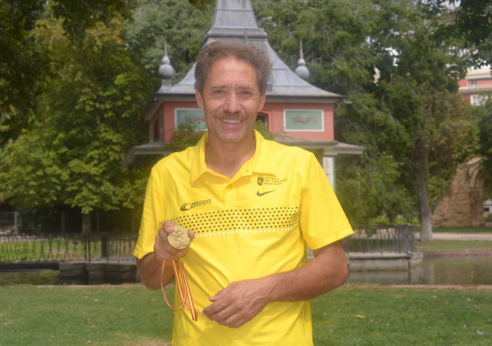Ramiro Matamoros, atleta y fundador.jpg