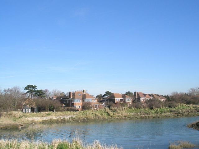 File:Rear of houses in Mill Lane - geograph.org.uk - 687929.jpg