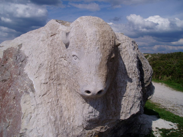 File:Sculpture - Tout Quarry Portland - geograph.org.uk - 666696.jpg