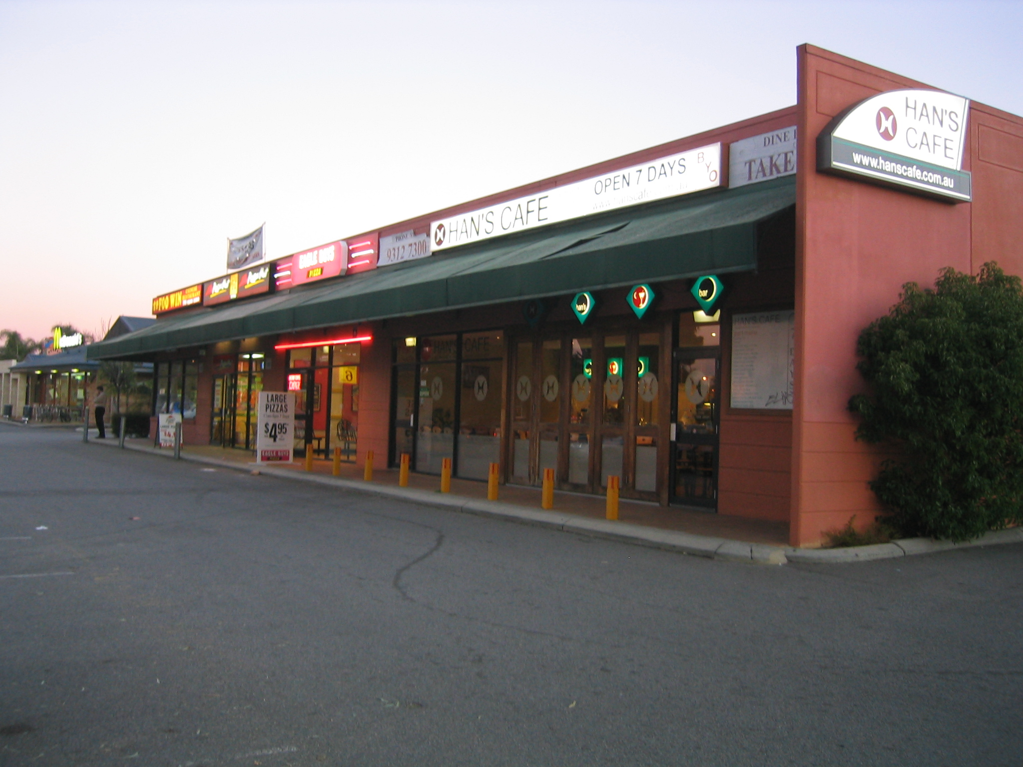 Italian Restaurants On Thousand Oaks Blvd