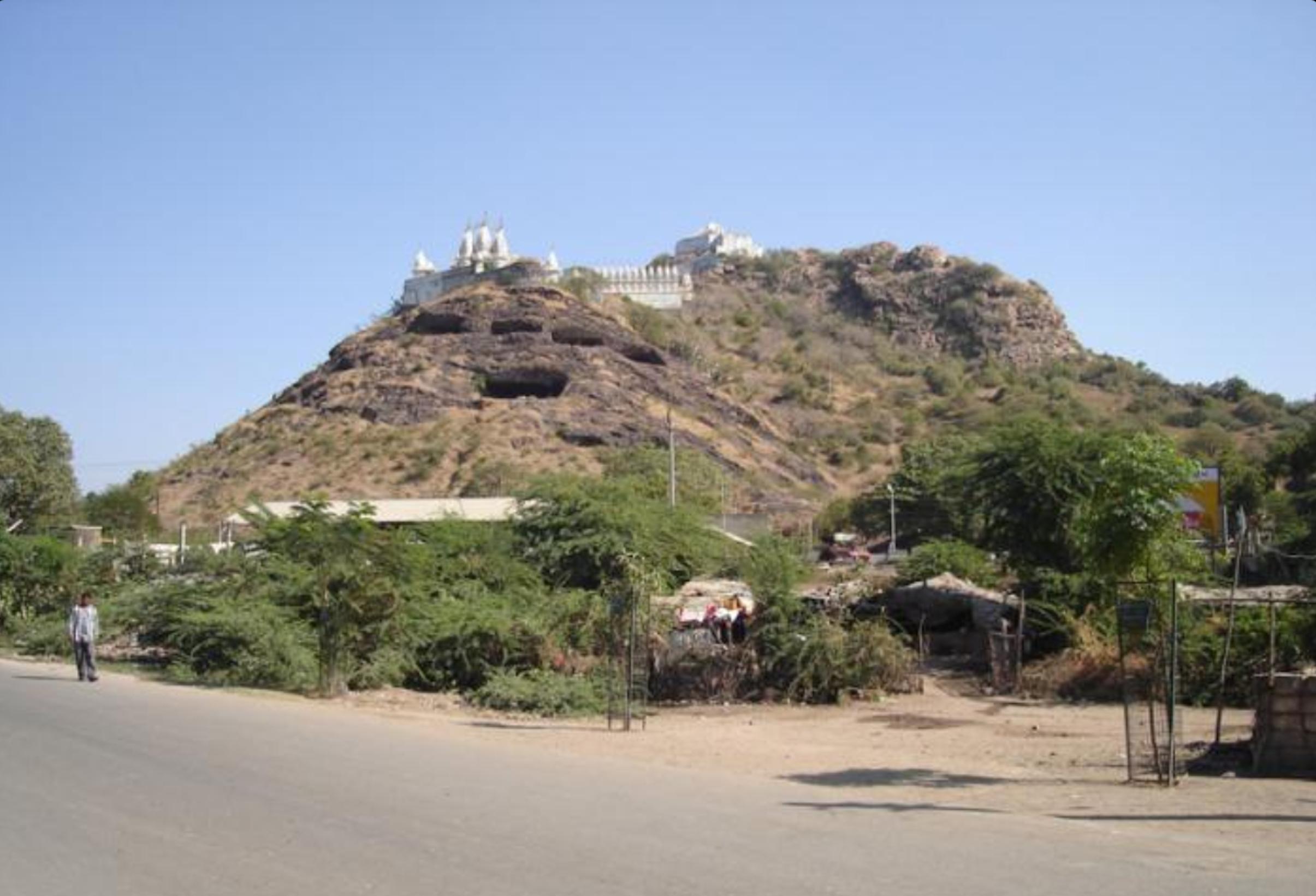 Talaja Caves