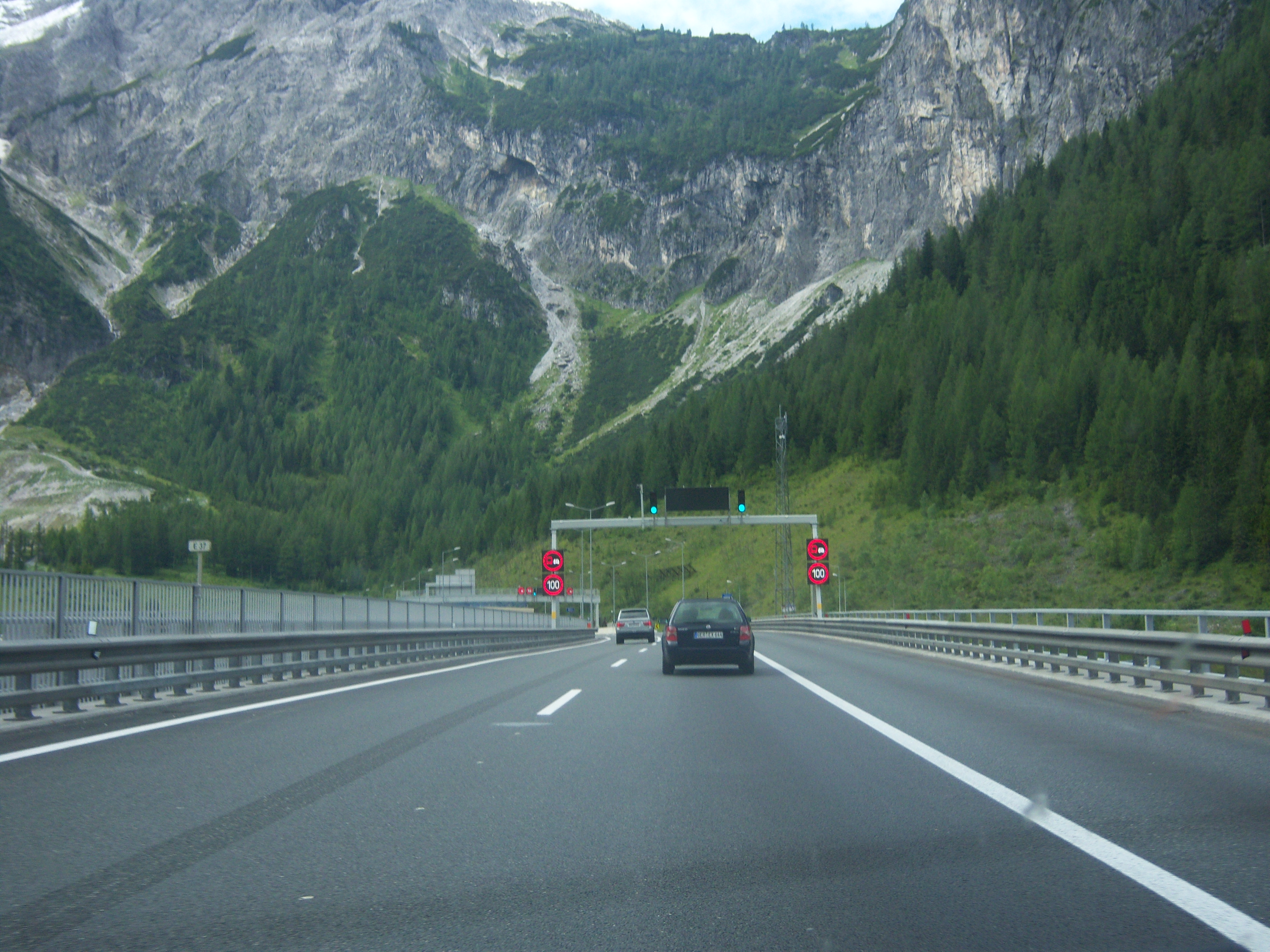 Tauerntunnel österreich