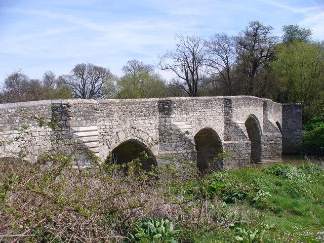Teston Bridge - geograph.org.uk - 779684