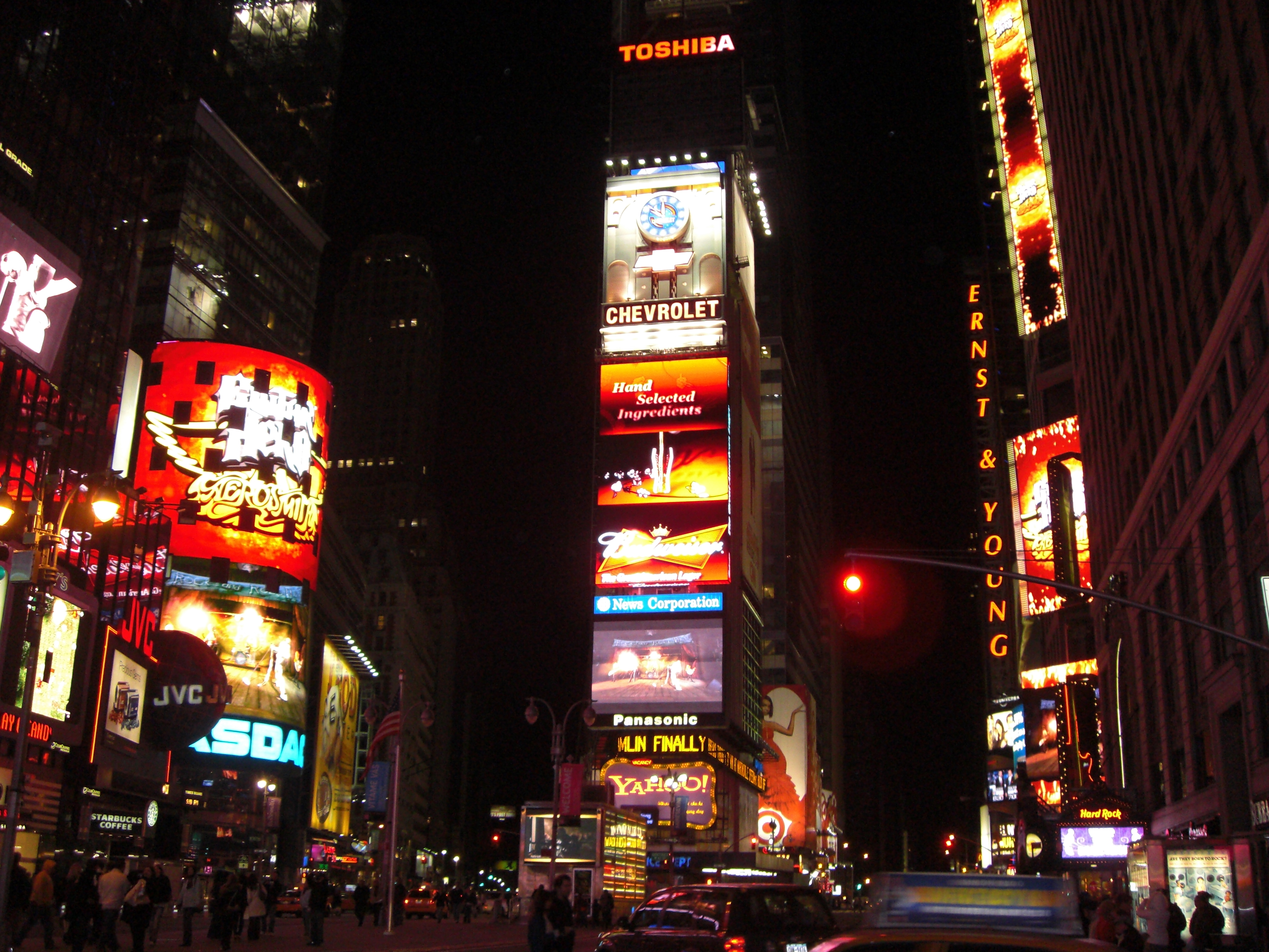 File:Times Square, New York, USA1.jpg - Wikimedia Commons