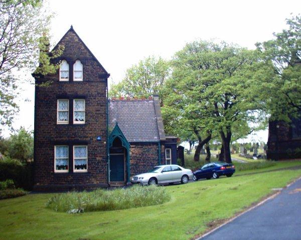 file tinsley park cemetery grounds keeper 13 04 06 jpg wikimedia