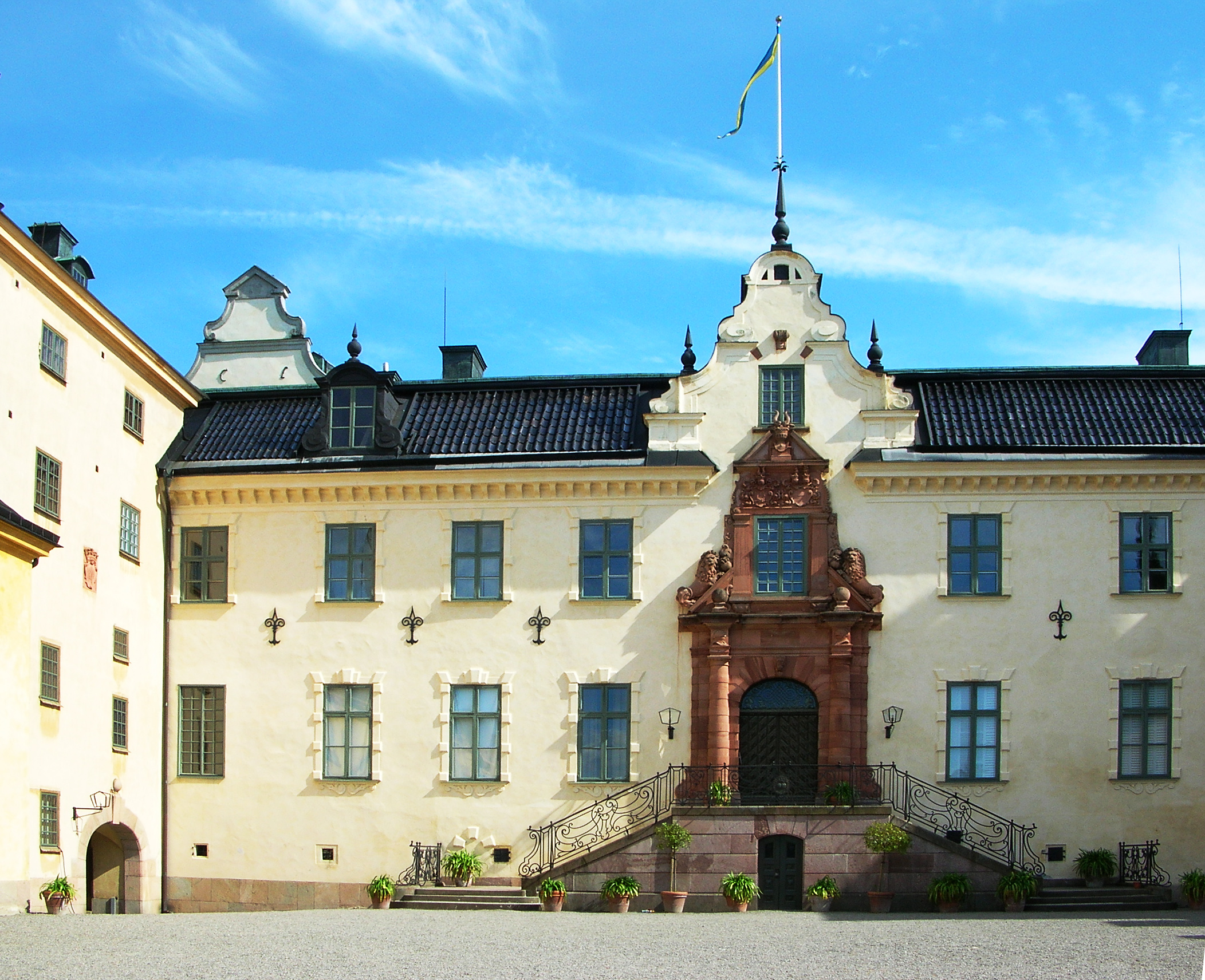 File:Tyreso slott main entry1.jpg - Wikimedia Commons