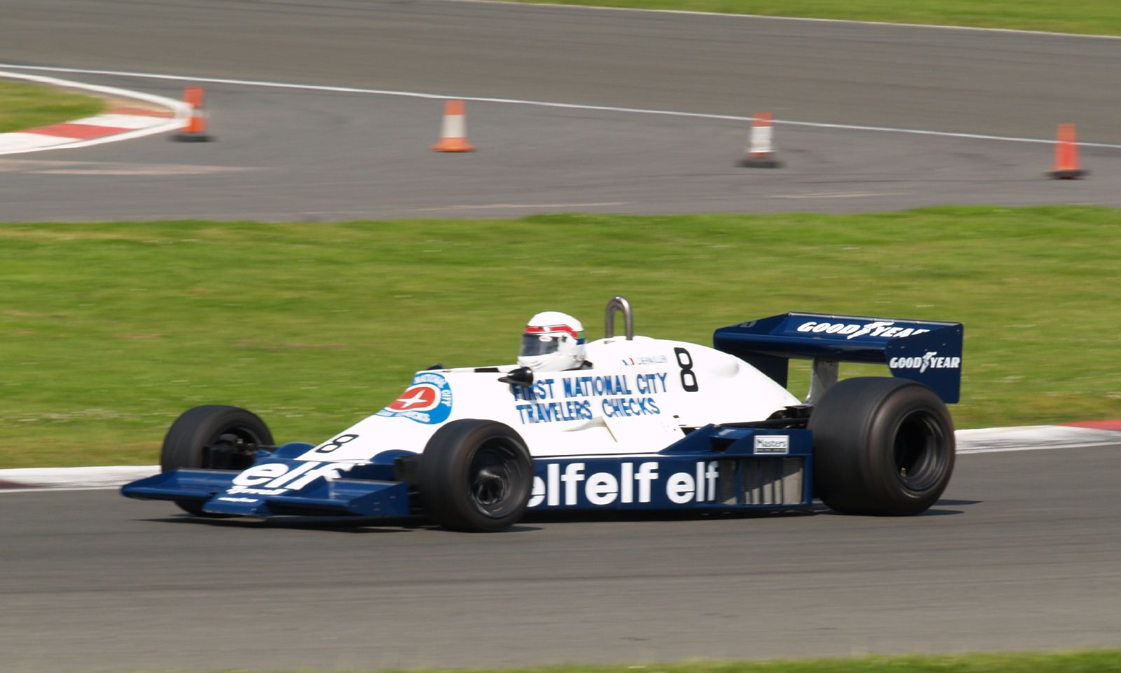 Tyrrell 008 - Wikipedia