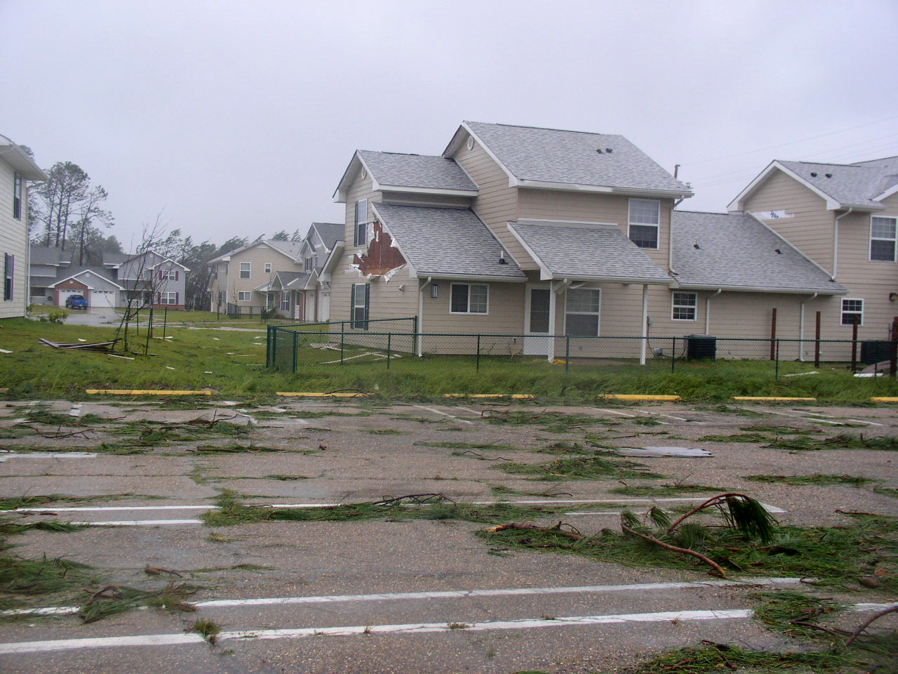 File us navy 050902 n 0000x 002 the family housing area on for Home builders in gulfport ms