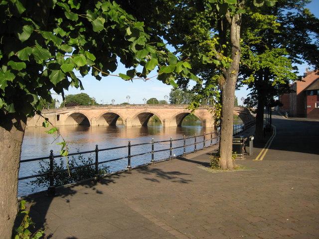 Worcester Bridge - geograph.org.uk - 923644