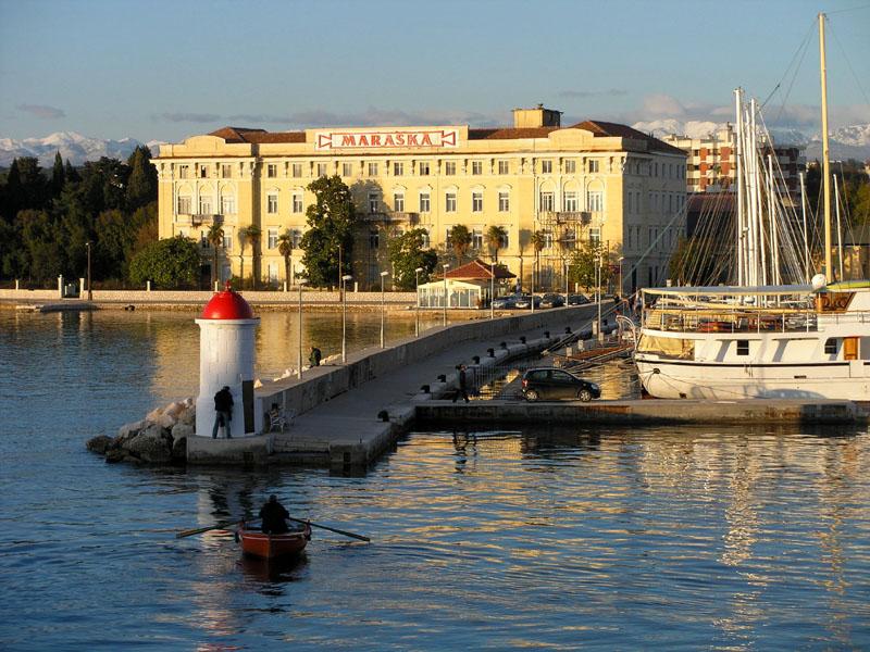 Datoteka:ZadarskiBarkarijoli.jpg