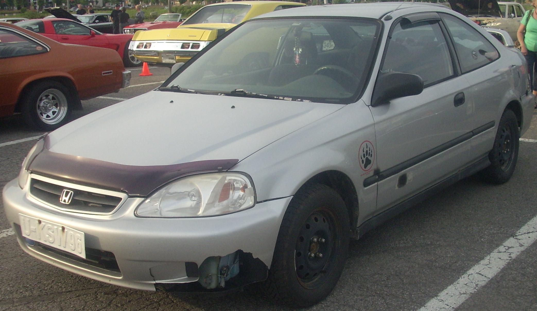99 Civic Sedan: File:'99-'00 Honda Civic Coupe (Les Chauds Vendredis '10
