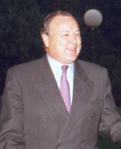 Álvarez del Manzano 2001.jpg