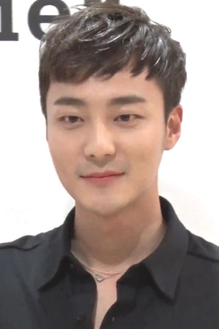 Roy Kim - Wikipedia