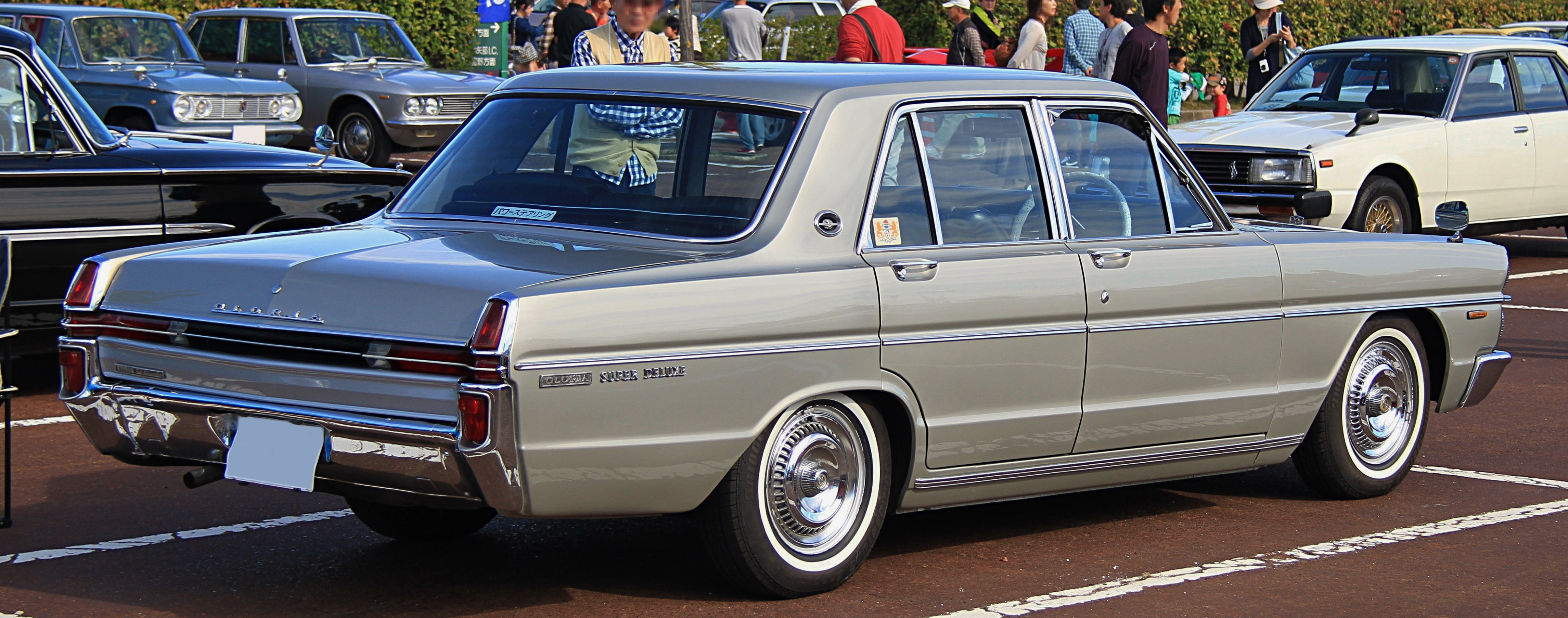 Where Is Nissan Made >> File:1970 Nissan Gloria Super Deluxe Royal Edition rear.jpg - Wikimedia Commons