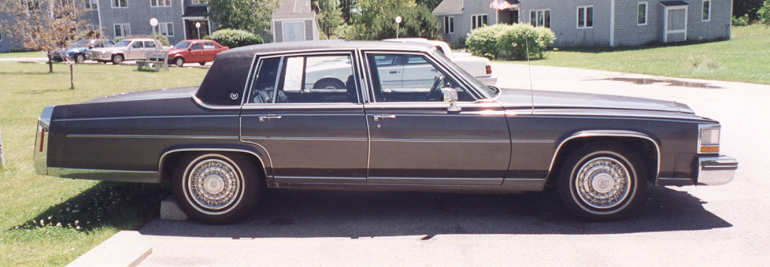 Cadillac Fleetwood Brougham on 1982 Oldsmobile 4 Door