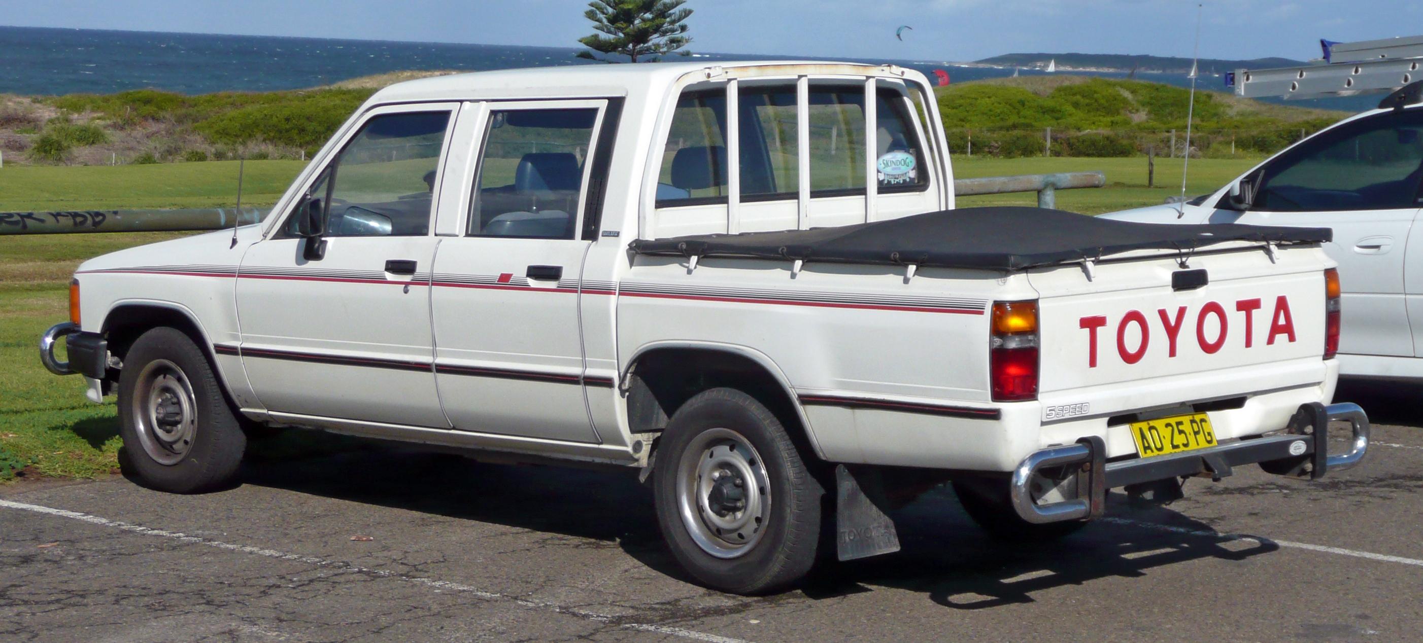 File1983-1988 Toyota Hilux (YN58R) 4-door utility 01. & File:1983-1988 Toyota Hilux (YN58R) 4-door utility 01.jpg ...