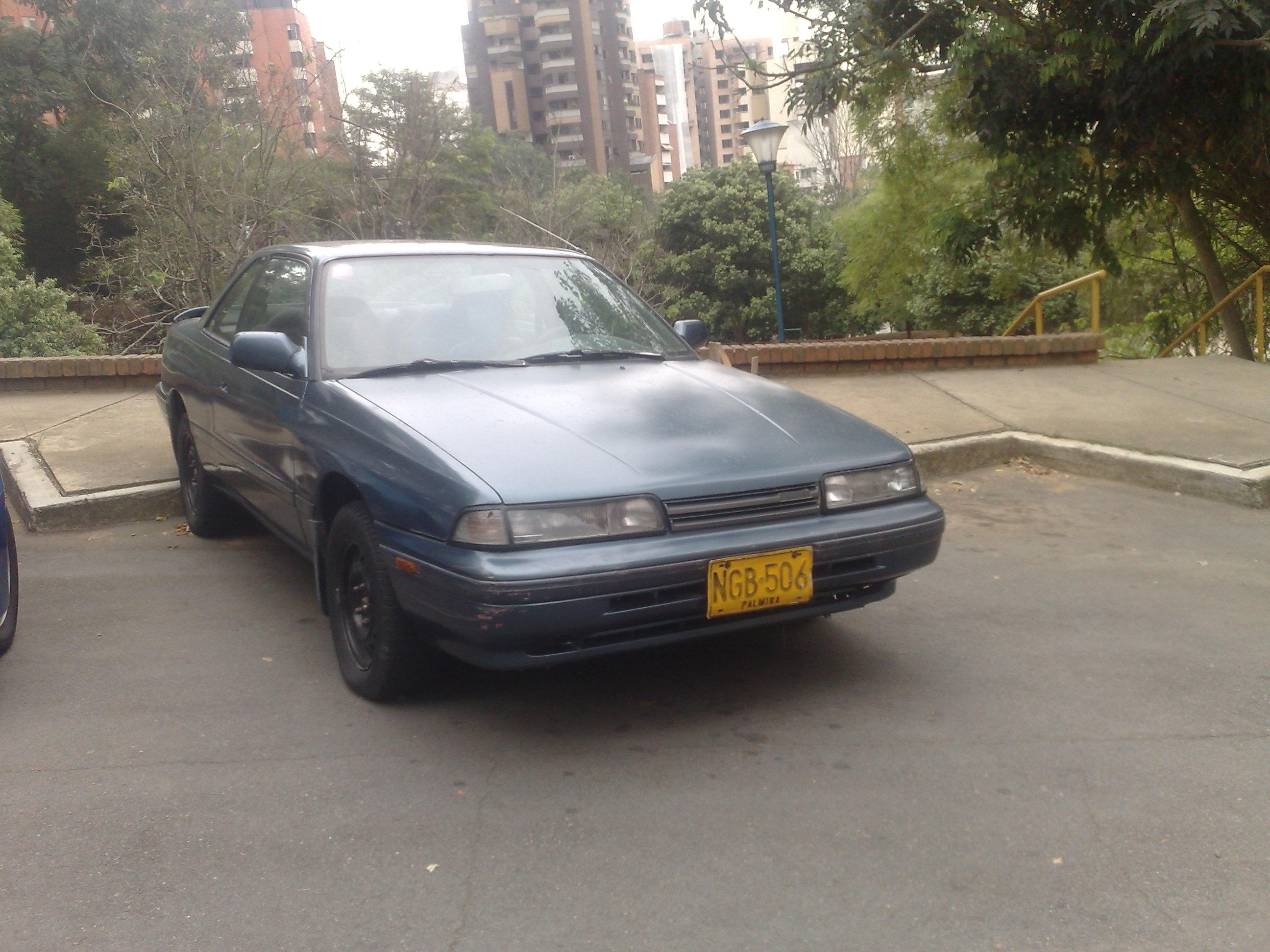 File:1987-1990 Mazda 626 GLX.jpg