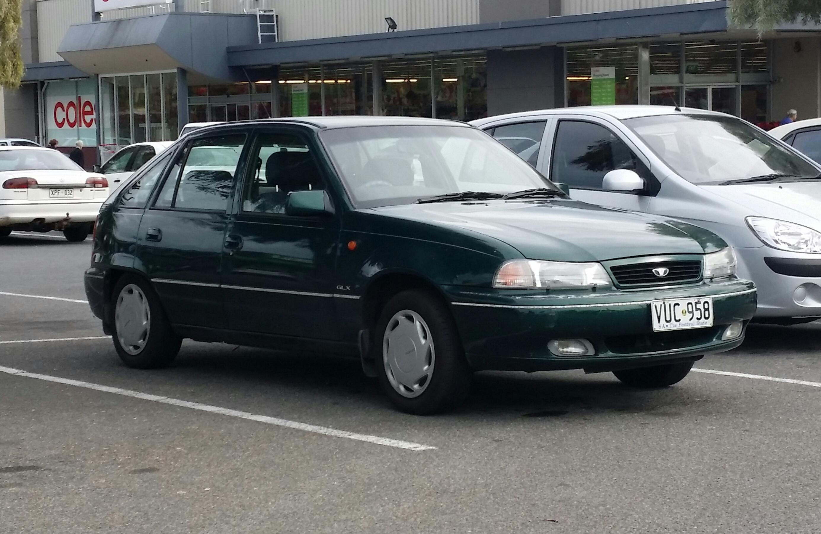File:1995-1997 Daewoo Cielo GLX 5-door hatchback (17611934438).jpg