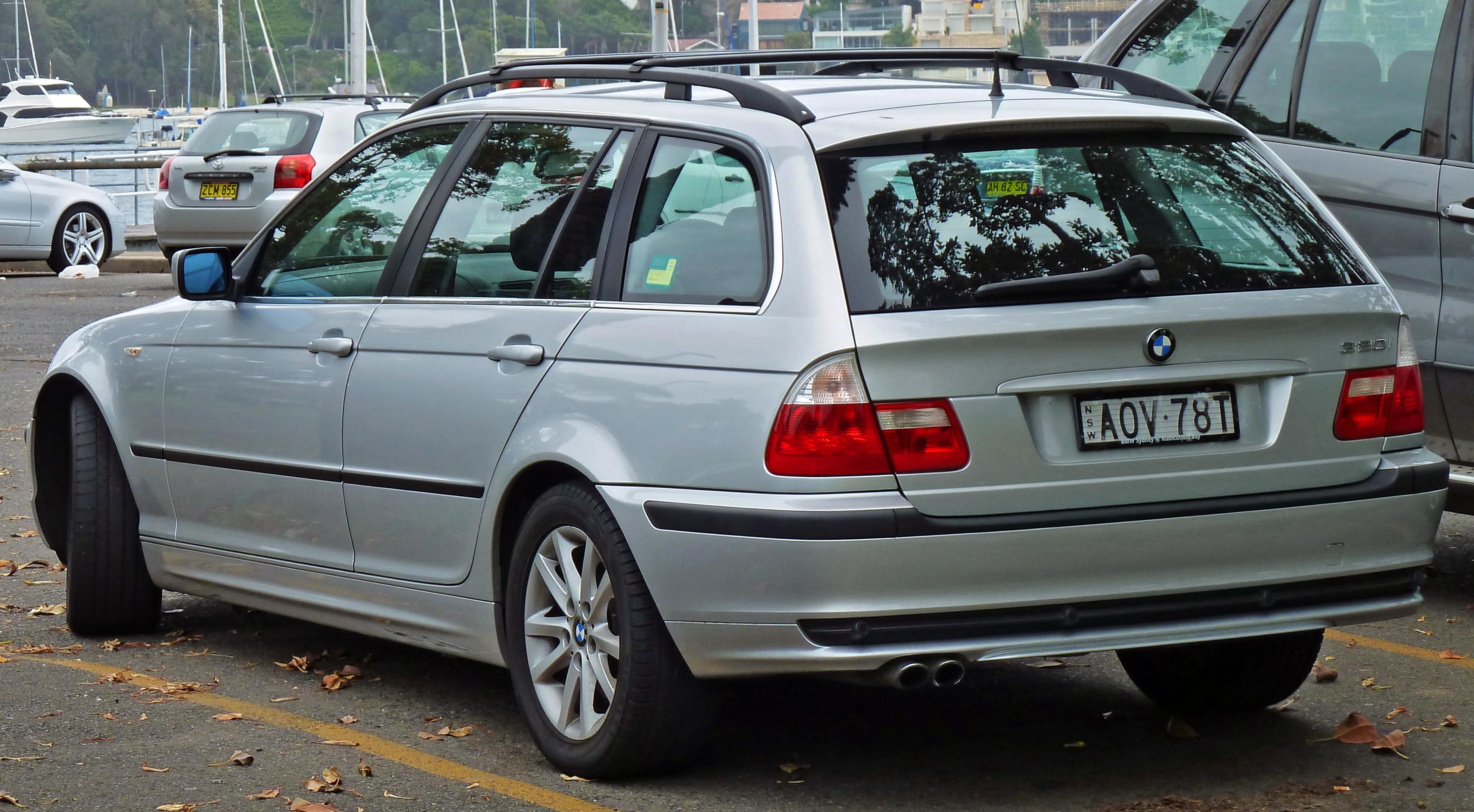 File 2002 2005 Bmw 320i E46 Touring 2011 01 13 Jpg