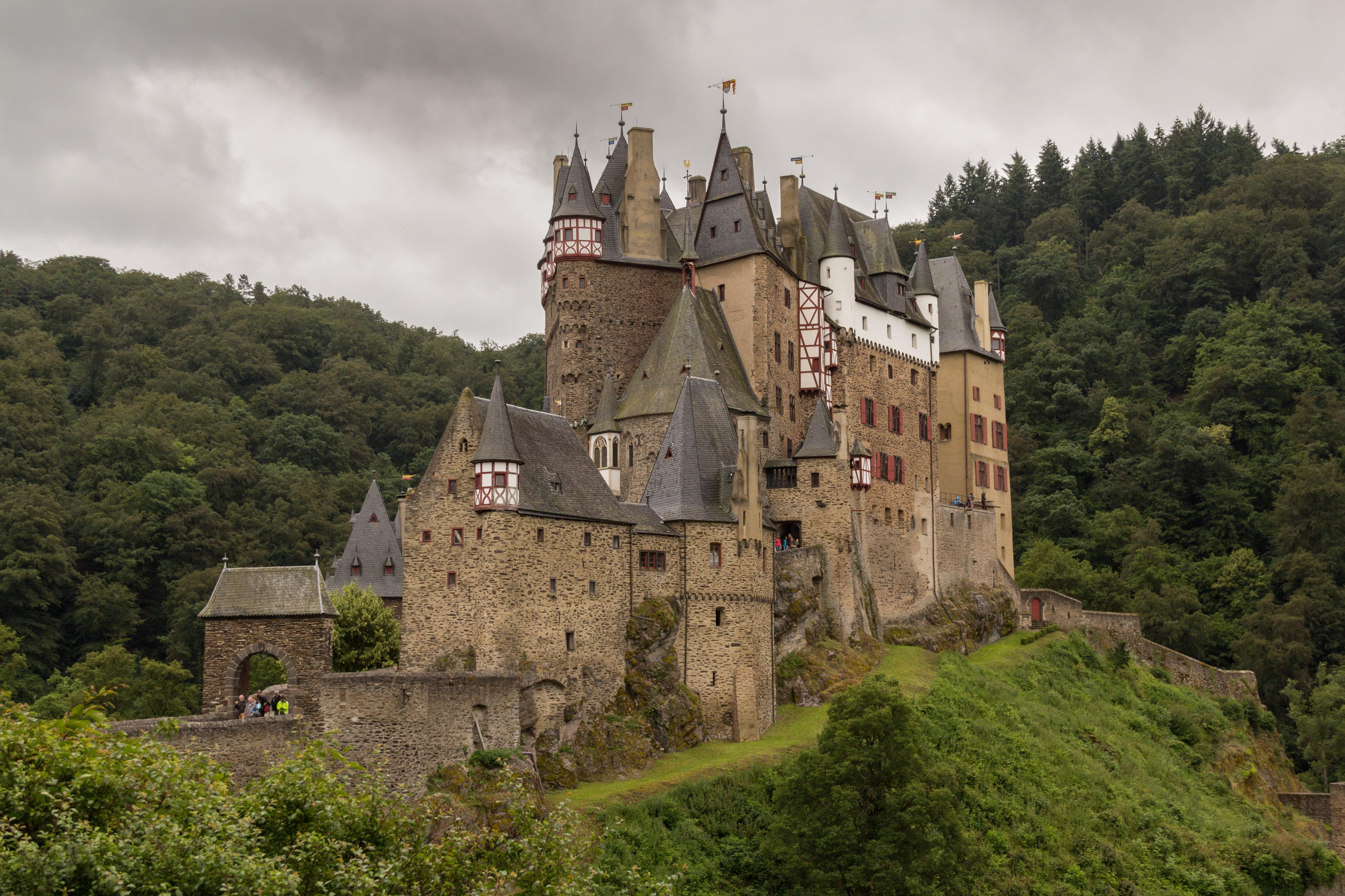 Grundriss Zeichnen File 2016 Burg Eltz 04 Jpg Wikimedia Commons