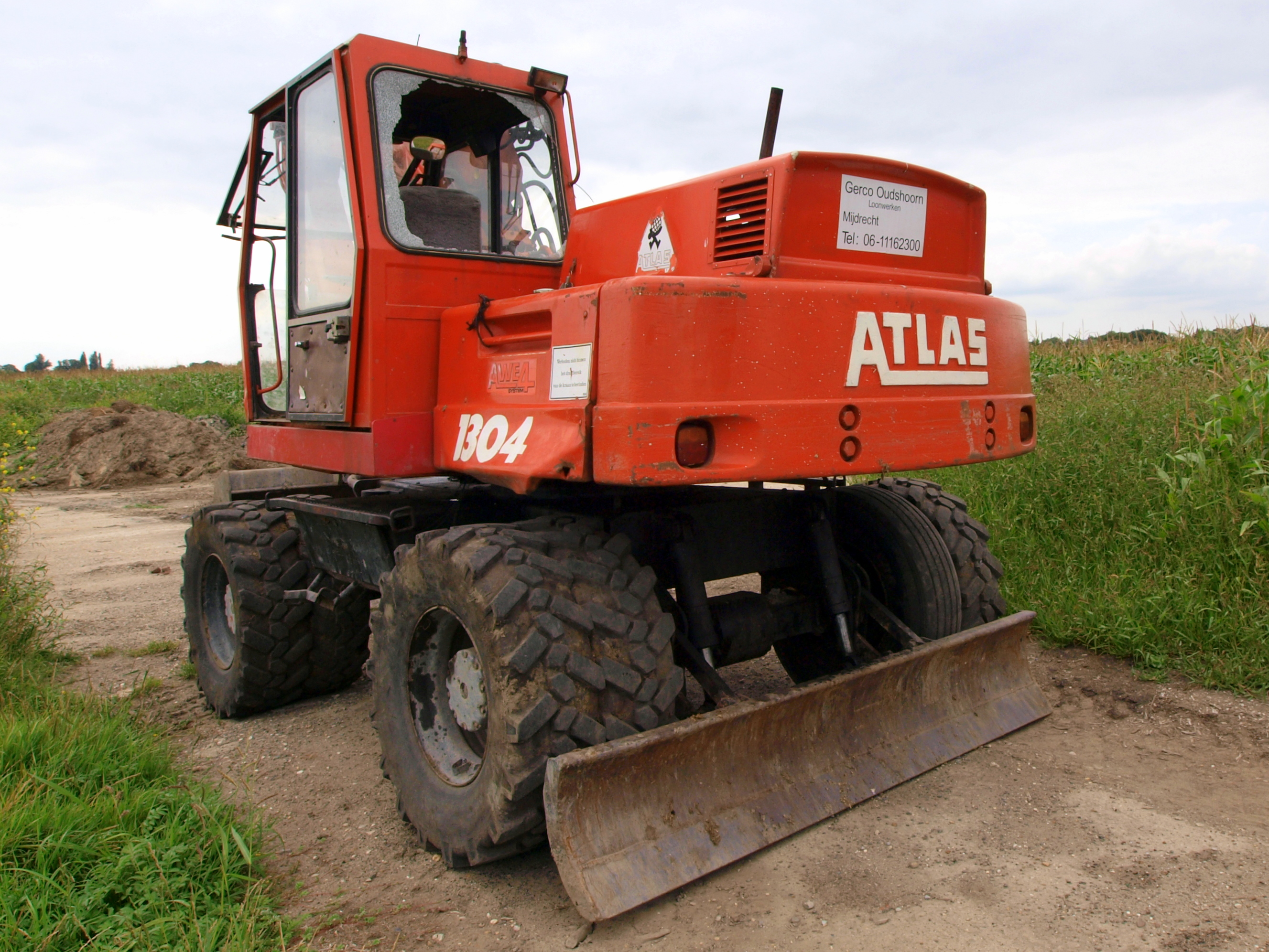 File:Atlas 1304 p1.JPG