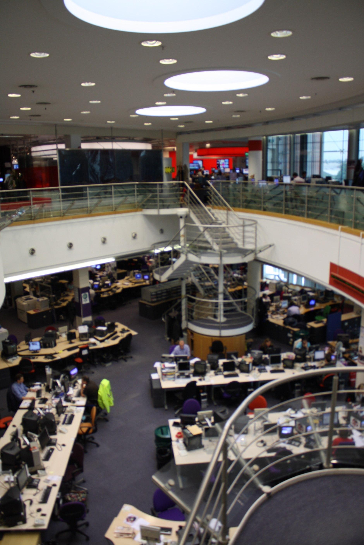 television set design newsroom - YouTube