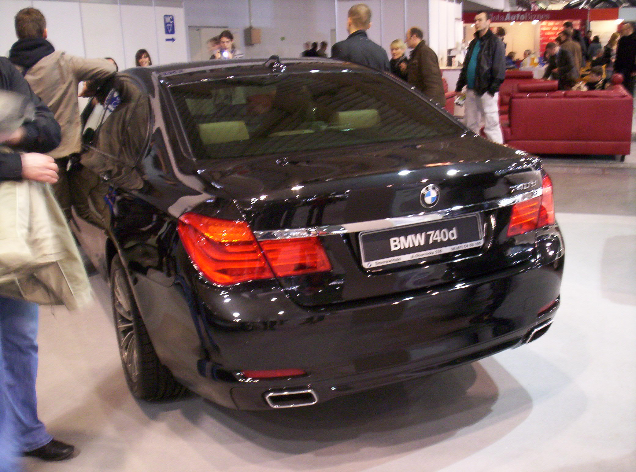 file bmw 740d f01 rear poznan wikimedia commons. Black Bedroom Furniture Sets. Home Design Ideas