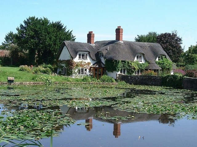 Badger Pond and House - geograph.org.uk - 467948