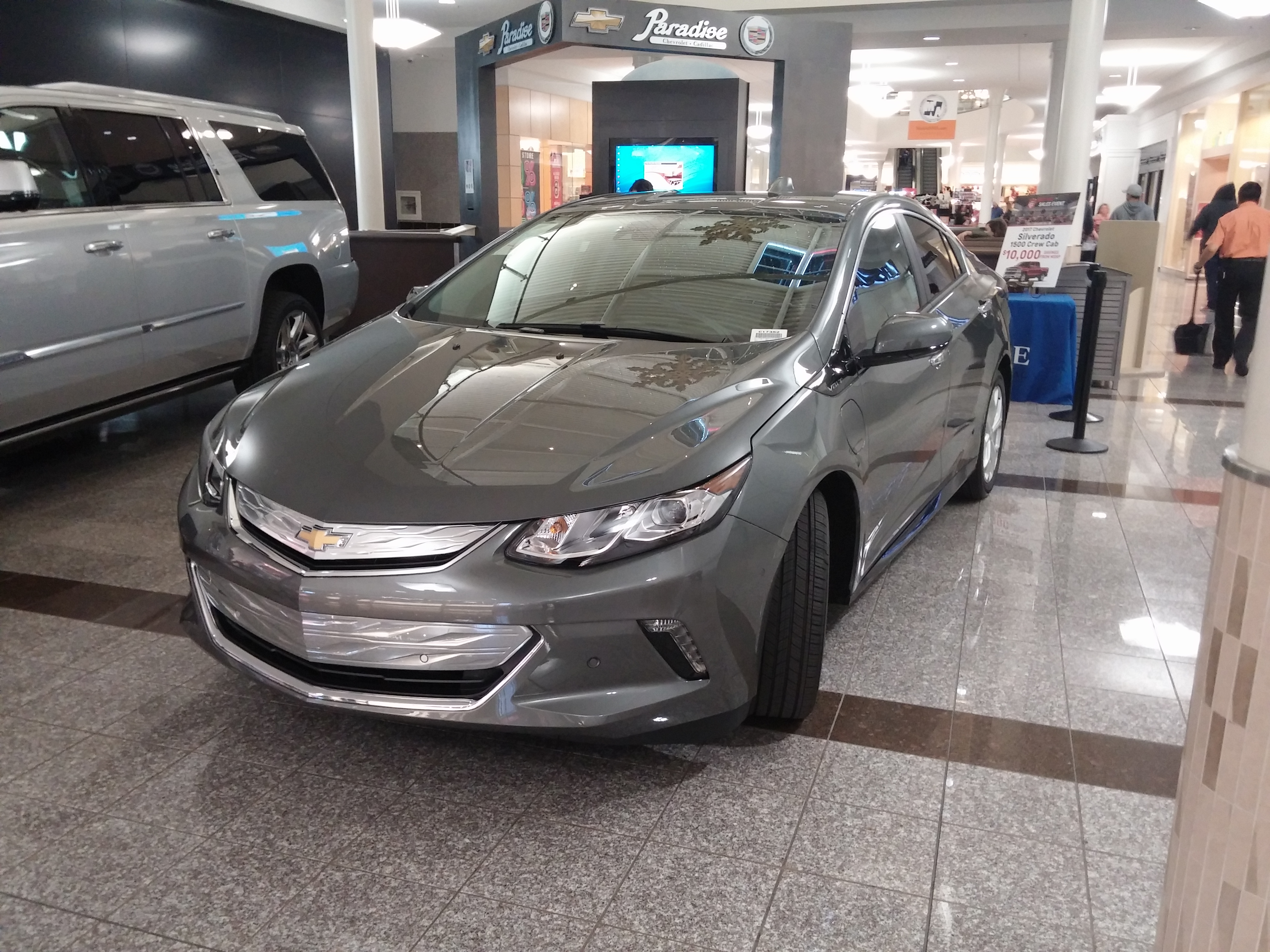 File Chevrolet Volt 2017 Jpg