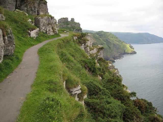 Coast approaching the Valley of the Rocks - geograph.org.uk - 1471522