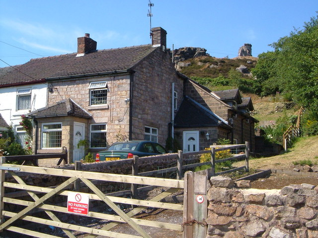 Cottages at Mow Cop - geograph.org.uk - 641499