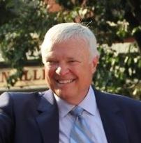 Dave Van Horne American baseball announcer (born 1939)