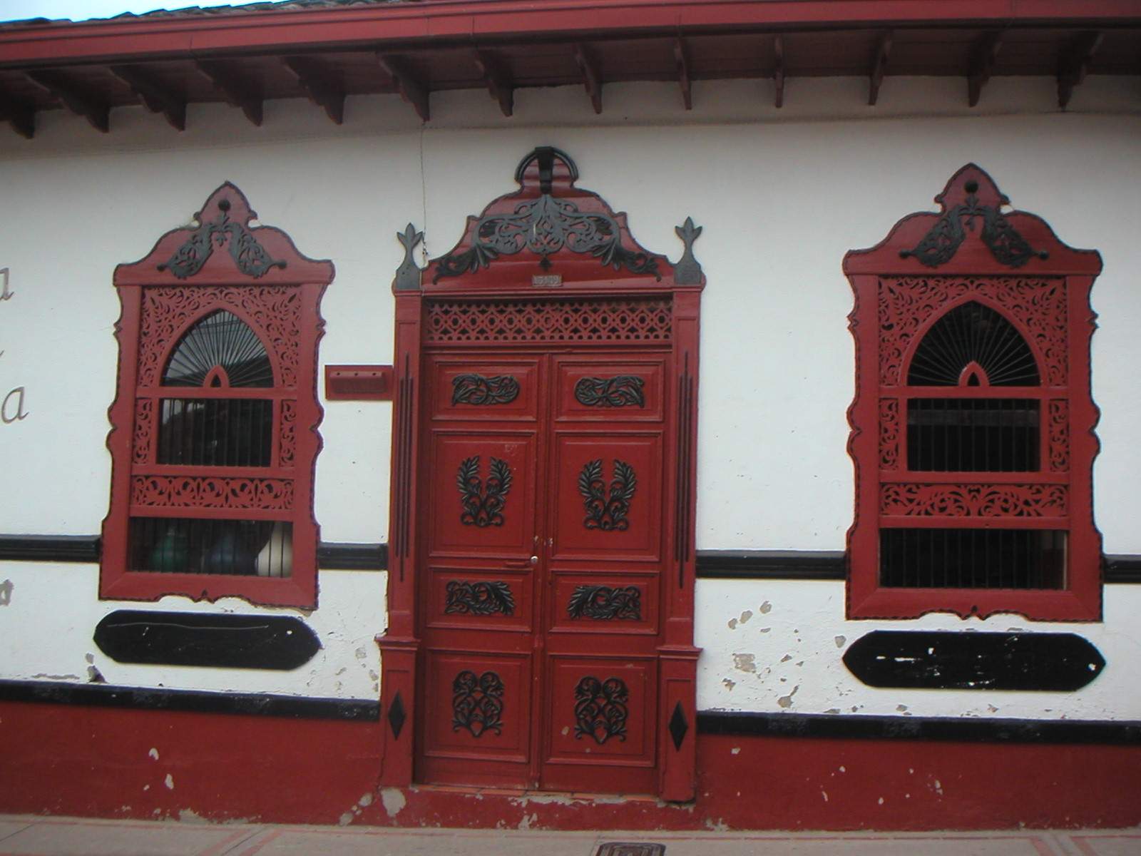 File fachada de casa antigua de pueblo don mat as - Fachadas de casas de pueblo ...