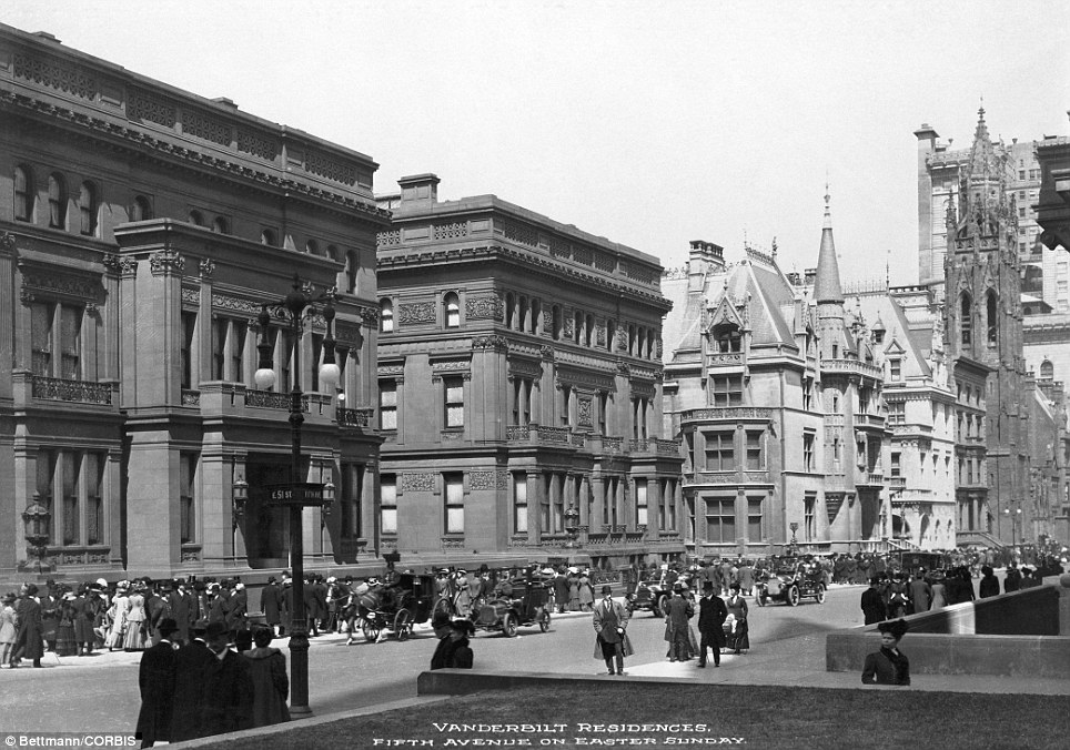File Fifth Avenue And Vanderbilt Mansions New York 1900 Jpg