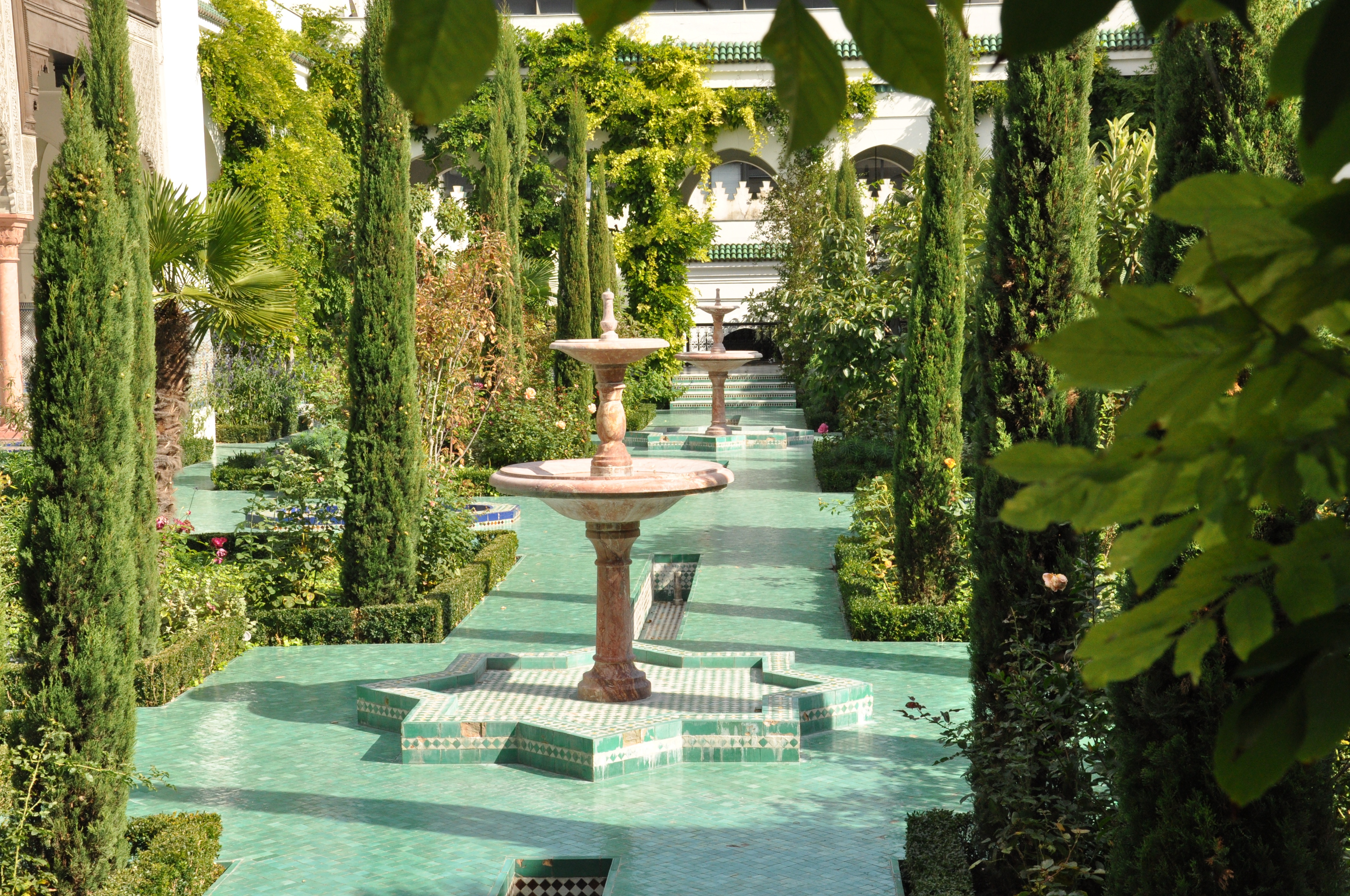 File fountains in grande mosqu e de paris september 26 for Indoor gardening wikipedia