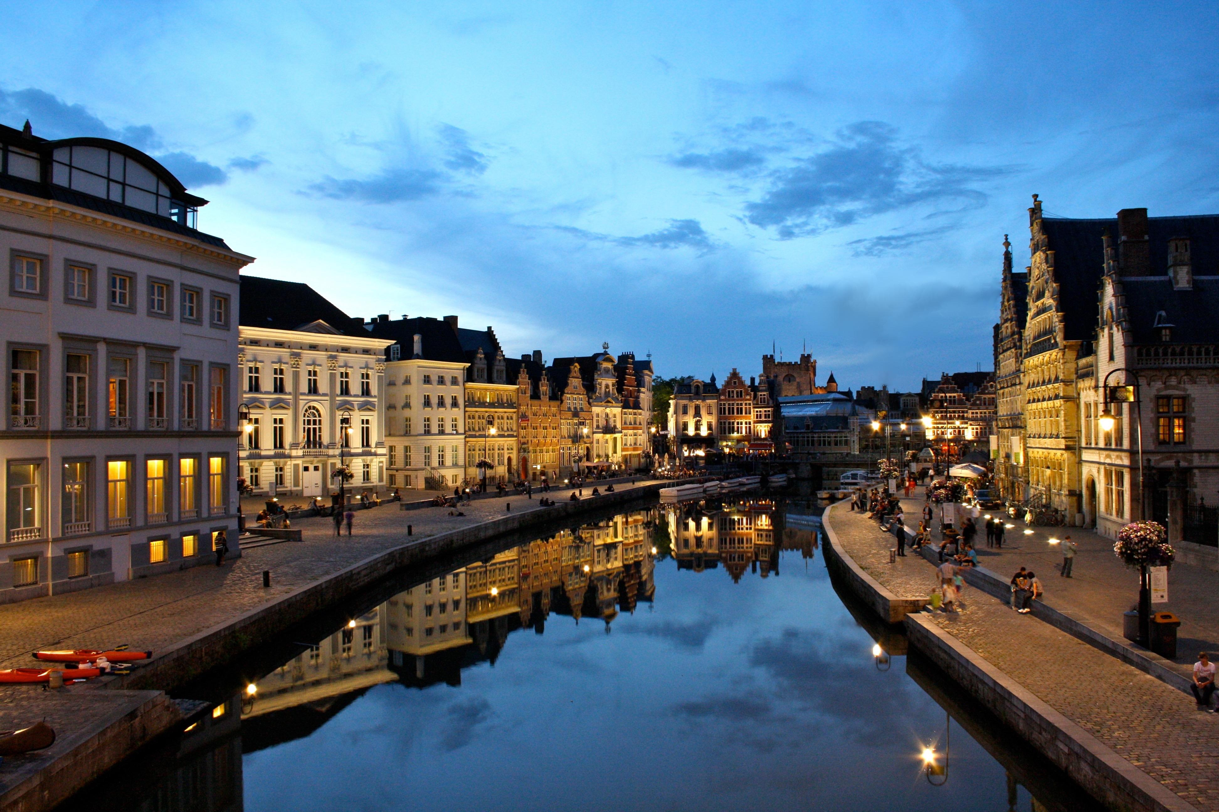 File:Gent Graslei zonsondergang.JPG - Wikimedia Commons