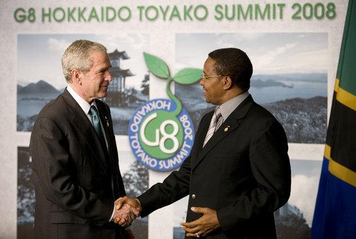 File:George W Bush and Jakaya Kikwete 20080707.jpg