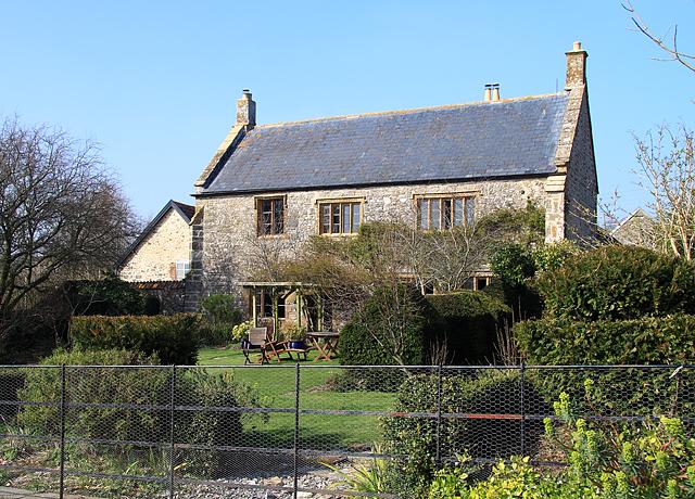 File:Hey Farmhouse - geograph.org.uk - 1224309.jpg