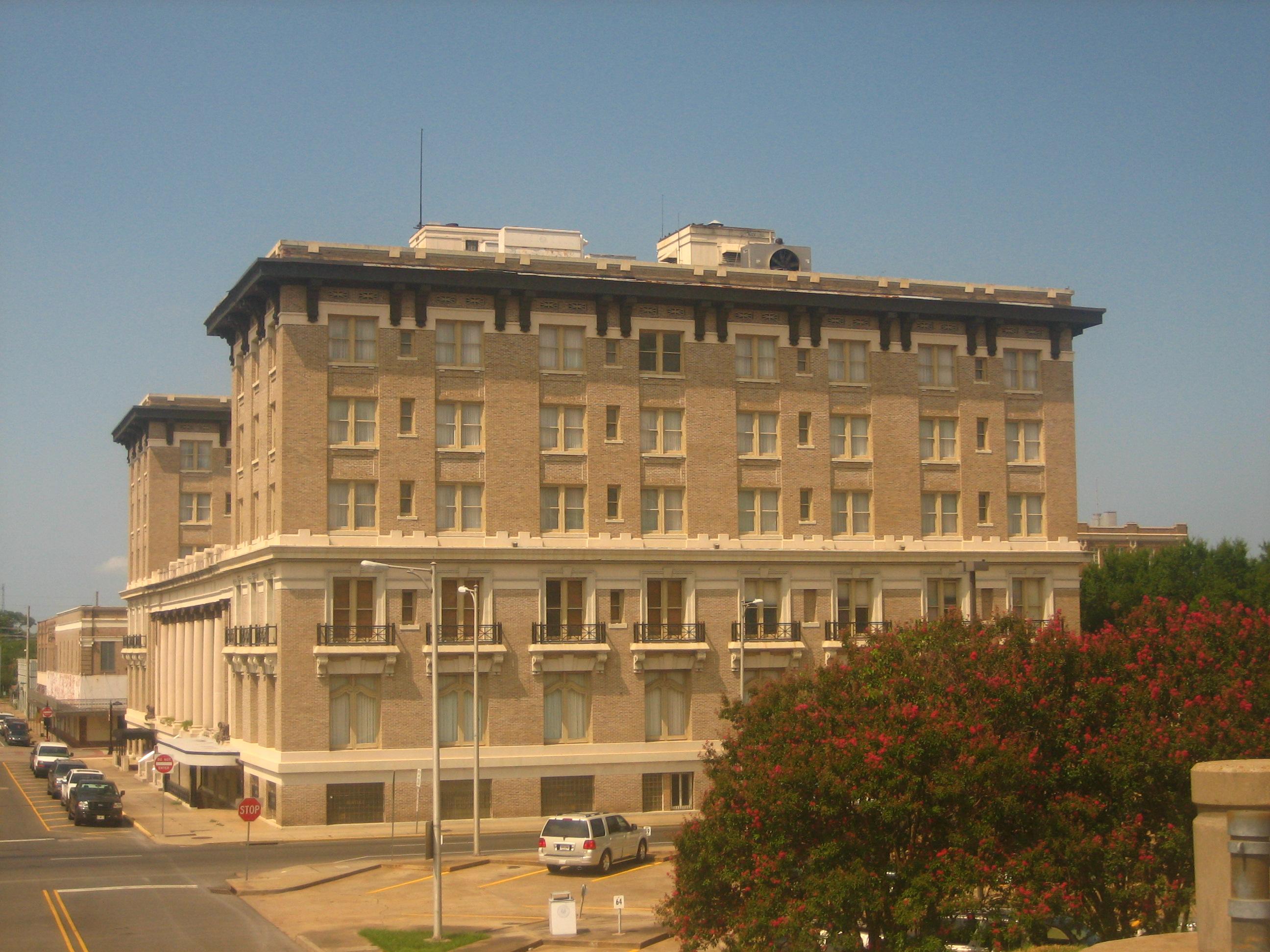 File Hotel Bentley Alexandria La Img 1133 Jpg