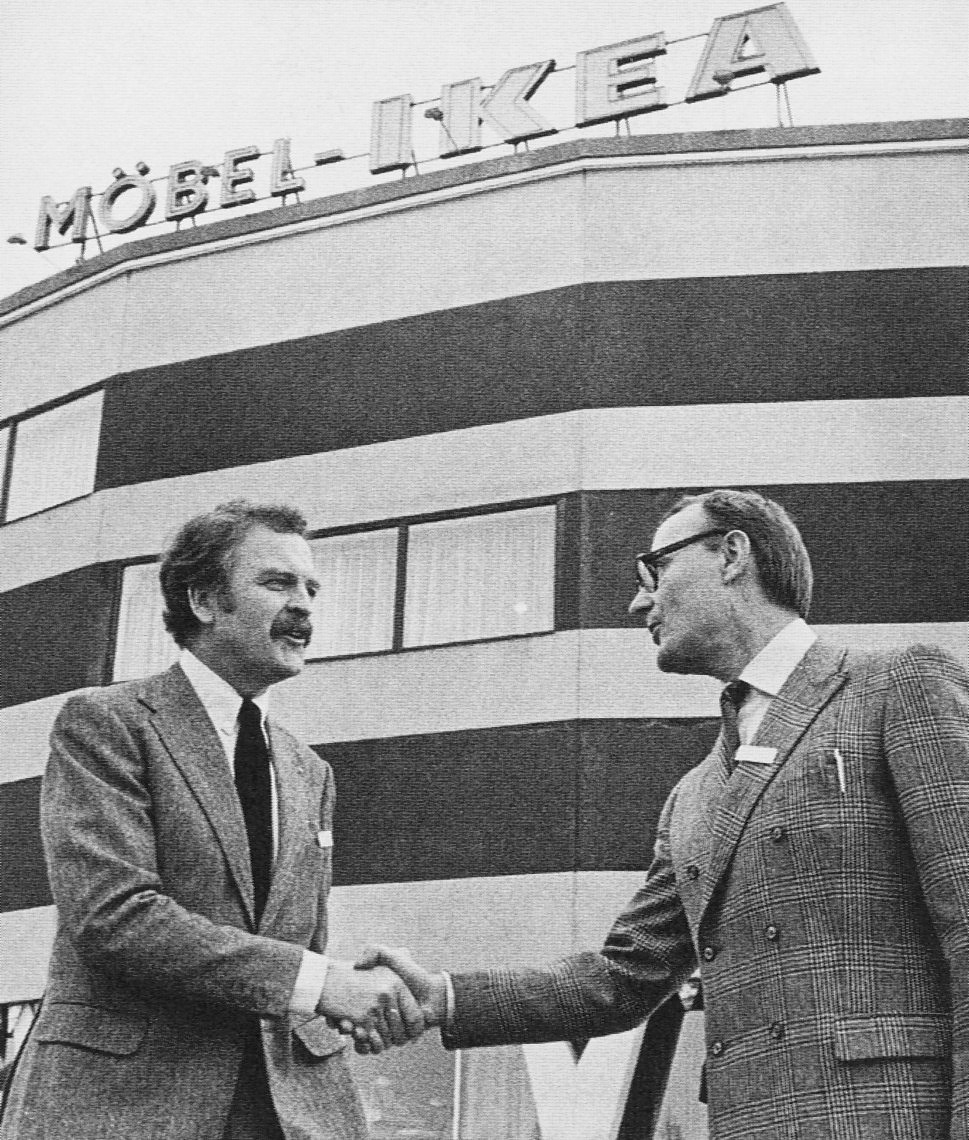 Ikea wikipedia ikea founder ingvar kamprad right shakes hands with hans ax ikeas first store manager biocorpaavc Choice Image