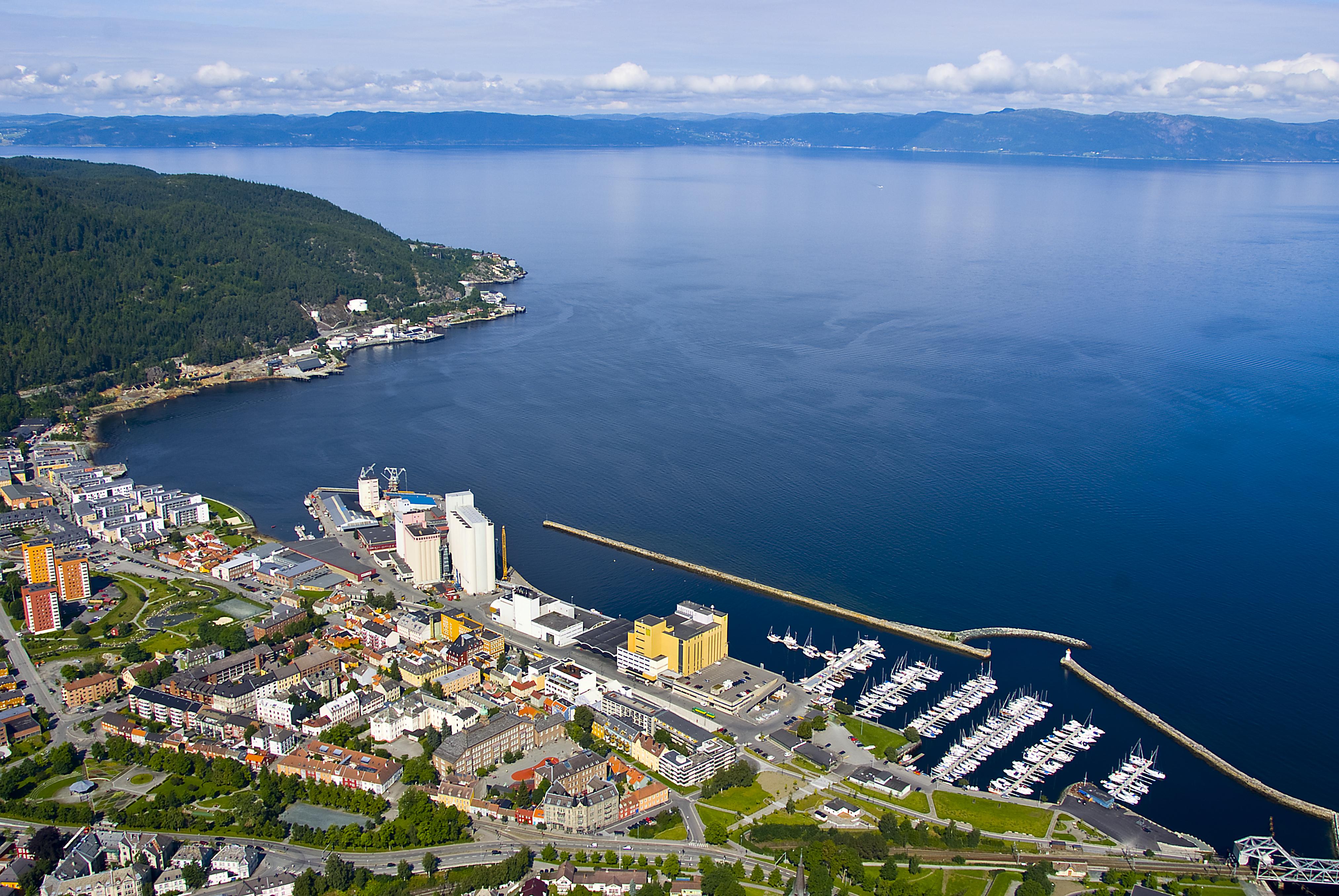 Politiet: Mann i 30-årene skutt i Trondheim